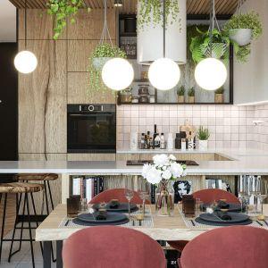 Otwarta na salon kuchnia oraz jadalnia z pięknymi kolorowymi krzesłami. Projekt i wizualizacje: Agnieszka Rozmysłowicz, Viann Interior Design