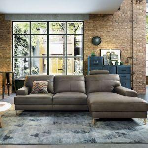 Materiały używane w aranżacji wnętrz industrialnych to cegła i beton, ale także drewno, stal i szkło. Fot. Gala Collezione (na zdjęciu narożnik Monday)