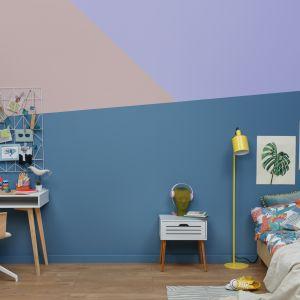 Zestawienie intensywnego niebieskiego Oxygen z linii Beckers Designer Collection, subtelnego fioletu Lavender oraz dyskretnego różu Powder Pink z serii Beckers Designer Colour rozbudzi wyobraźnię młodego domownika.