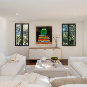Dom ma aż 460 m2 powierzchni. Zdjęcia: Christopher Stinner, Juwan Li, Adrian Van Anz. Źródło: TopTenRealEstateDeals.com