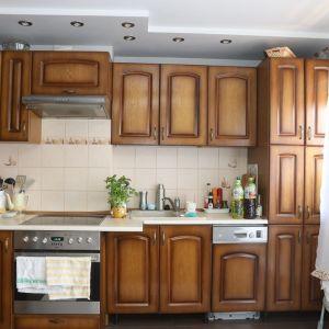 Tak wyglądała kuchnia przed renowacją. Metamorfoza kuchni w wykonaniu Ani i Beti, autorek bloga Pani to Potrafi. Zdjęcia i realizacja: Pani to Potrafi