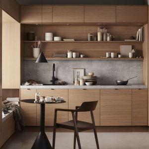 Kuchnia cała w kolorze drewna to nowoczesna odsłona stylu skandynawskiego. Fot. Sigdal