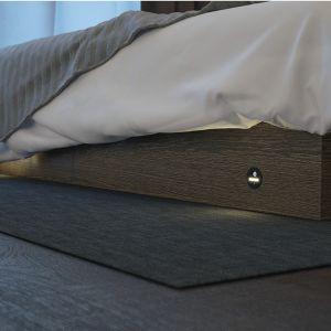 Lampa typu LOOX LED 2028 sprawdzi się także w innych miejscach domu albo jako oświetlenie mebli. Fot. Hafele Loox