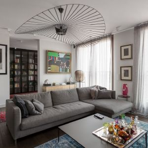 Żyrandol Vertigo to klasyk designu. Projekt: Patrycja Dmowska, biuro projektowe Dmowska Design. Zdjęcia: Przemysław Kuciński