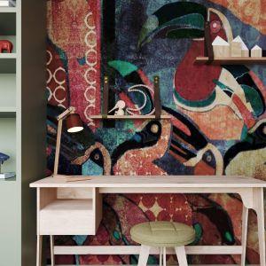 Pokój dziecięcy z bardzo ciekawą kolorową tapetą. Zespół projektowy: Anna Adamowicz, Damian Machnik, Zakład Usług Projektowo-Architektonicznych ZUP-A. Wizualizacje: Monsumm