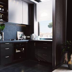 W tej niewielkiej przestrzeni zaprojektowano wystarczającą ilość miejsca na przechowywanie i zmieszczenie podstawowego sprzętu kuchennego. Projekt i zdjęcia ZUP-a