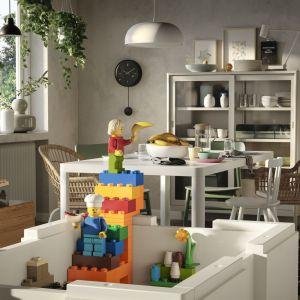 Nowa kolekcja Lego i IKEA dostępna w sklepach od 1 października. Ceny: zestaw 3 małych pudełek - 39,99 zł, duże pudełko - 59,99 zł, klocki (200 elementów) - 69,99 zł. Fot. IKEA