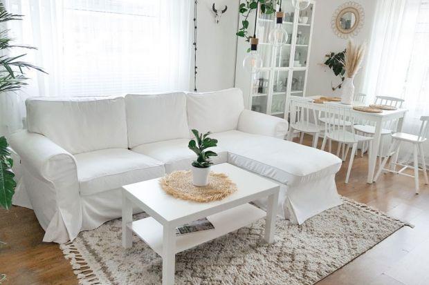 Maksymalne wykorzystanie wolnej przestrzeni to wyzwanie, przed którym stoją właściciele małych mieszkań. Co zrobić, by optymalnie zagospodarować każdy kąt, a przy tym nie stworzyć poczucia zagracenia mieszkania? Sprawdź, jak optycznie powięks