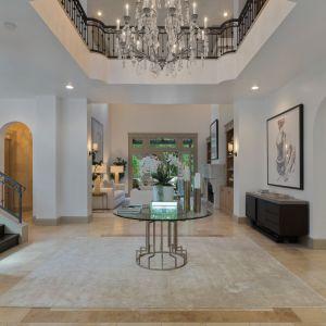 Mowa o domu, który gwiazda kupiła w 2007 roku w The Summit tuż po rozwodzie z Kevinem Federline.