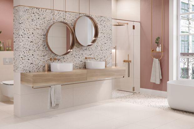 Myśląc o wystroju mieszkania, przed oczami pojawiają nam się zwykle delikatne <br />i stonowane kolory. Miejscem, w którym często decydujemy się na odważniejszą kolorystykę, jest właśnie łazienka.