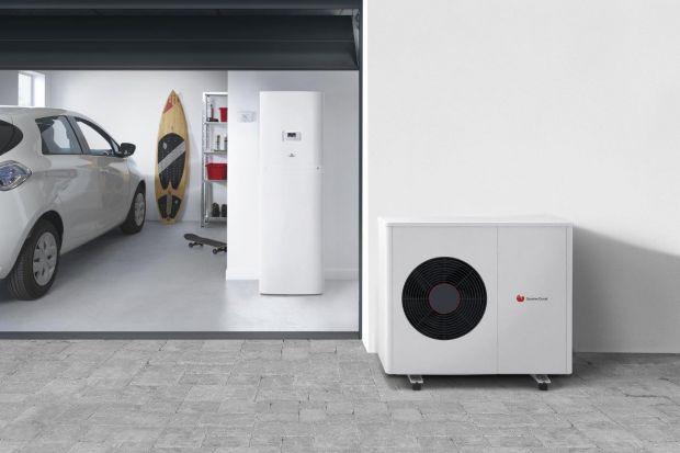 Pompy ciepła, podobnie jak każde inne urządzenia grzewcze, wymagają okresowej kontroli serwisowej. Jak zadbać o pompę ciepła przed zimą? Przeczytajcie.