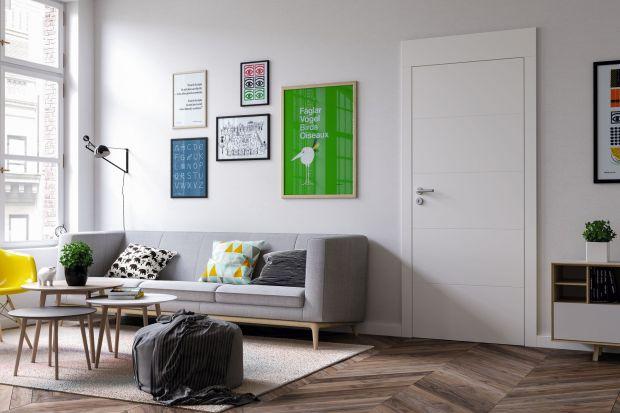 Drzwi wewnętrzne pełnią dziś nie tylko funkcję praktyczną. To coraz częściej element dekoracyjny pomieszczenia. Bardzo ważne, by był spójny ze stylistyką wnętrza. Rozwiązań jest bez liku. Czas uruchomić wyobraźnię!