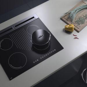 Czarne sprzęty AGD są eleganckie, wpisując się w wystrój współczesnych pomieszczeń, a dodatkowo często pokryte są specjalną powłoką, dzięki której brud nie jest powodem do zmartwień. Fot. Solgaz