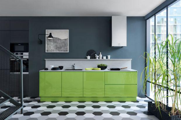 Meble do kuchni nie zawsze muszą być białe lub szare. Warto postawić też na kolor. Na pewno nie będzie nudno! Zobaczcie jak pięknie i ciekawie prezentują się meble kuchenne z dodatkiem koloru.