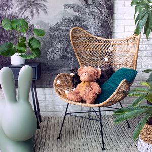 Ręcznie wykonany fotel rattanowy Egg Bohemian ma modną, wyrazistą formę. Dostępny w ofercie HK Living. Cena: 2.399 zł. Fot. HK Living