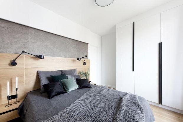 Łatwo ulec urokowi gotowej szafy, którą możemy zobaczyć na własne oczy i bez problemu wyobrazić sobie w swojej sypialni. Trudniej zwizualizować sobie w pełnej krasie mebel na wymiar, choć decydując się na wykonanie szafy na zamówienie, mamy m