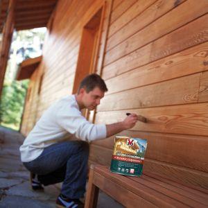 Lazura o wysokiej odporności V33 to produkt dedykowany trwałej ochronie drewna narażonego na silne działanie promieni UV i niekorzystnych warunków atmosferycznych.