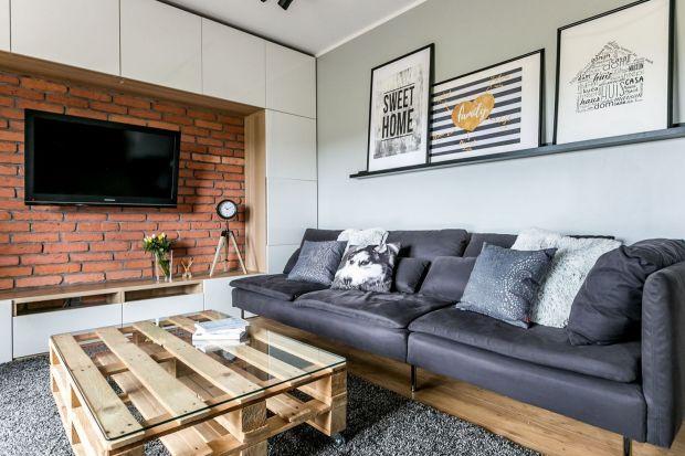 Czy warto wykończyć ściany w salonie cegłą? Warto! Zobaczcie jak pięknie prezentują się ściany wykończone cegłą w polskich domach i mieszkaniach.