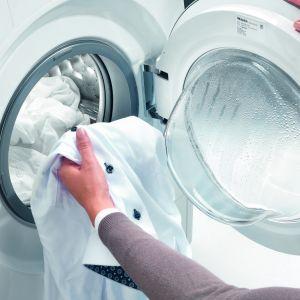 Pralki Modern Life są wyposażone w unikatowy, dostępny tylko w Miele system automatycznego dozowania detergentów TwinDos, który zapewnia nie tylko wygodę, ale także maksymalne wykorzystanie detergentu, pozwala przy tym zaoszczędzić nawet 30% płynu w porównaniu z ręcznym dozowaniem.