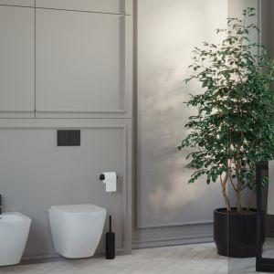 Sztukateria ozdabia ściany w łazience inwestorów. Projekt i wizualizacje: Agnieszka Rozmysłowicz, Viann Interior Design