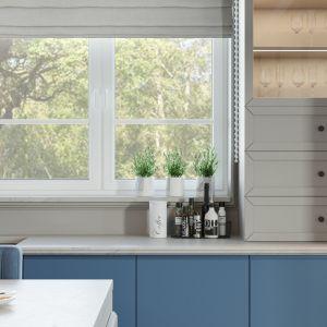 Kuchnia pełna jest naturalnego światła. Projekt i wizualizacje: Agnieszka Rozmysłowicz, Viann Interior Design