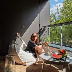 Taras - miejsce do relaksu. Projekt: Bibianna Stein-Ostaszewska (Bibi Space). Zdjęcia: Olo Studio