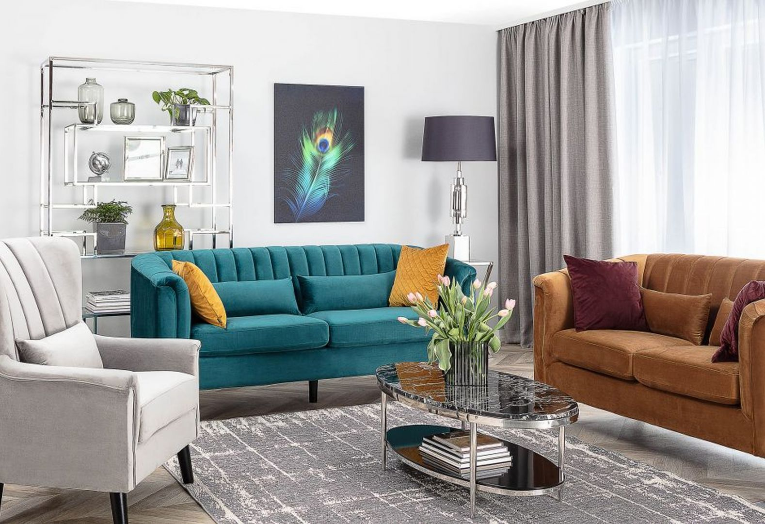 Wyjątkowy nastrój w Twoim domu stworzy zatem umiejętne zestawienie odcienia karmelowego, cynamonowego oraz oliwkowej zieleni. Fot. Fotel Meriva Velvet rocky, Dekoria