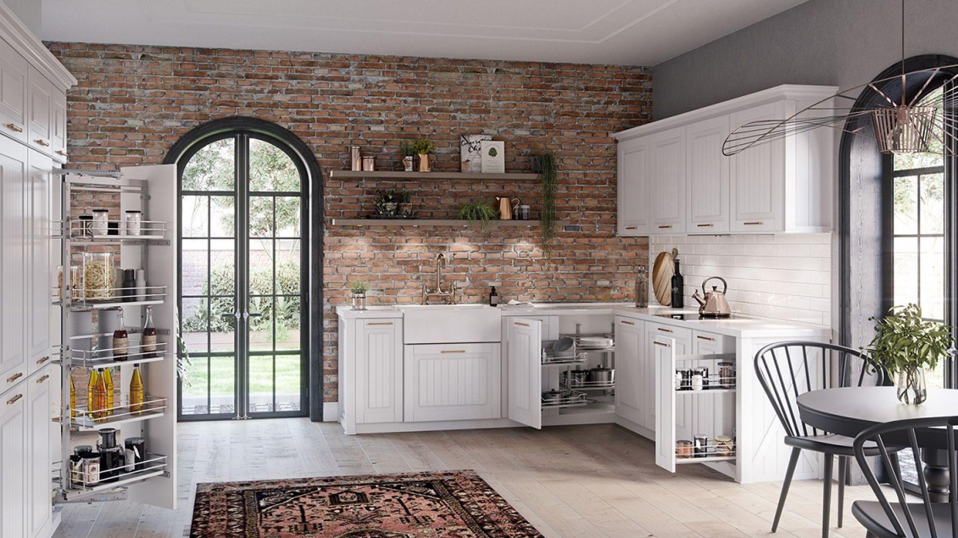 Szuflady możemy w pełni dopasować do własnych potrzeb i aranżacji kuchni – od nas zależą ich wymiary, kolorystyka, rodzaj ścianek bocznych i przeszklenia. Fot. Rejs