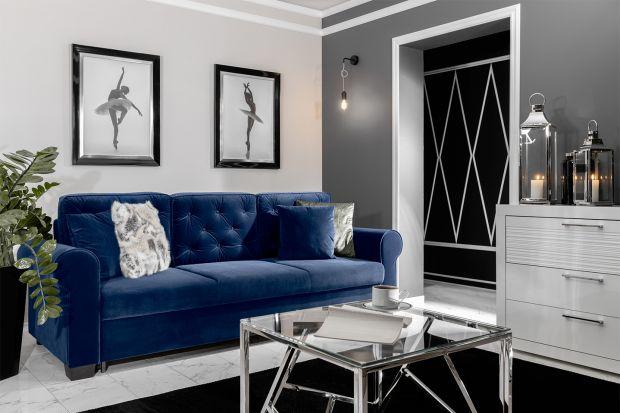 Jaką kanapę do salonu wybrać? Dziś polecamy trzyosobową sofę z funkcją spania w pięknym, niebieskim kolorze.<br /><br />