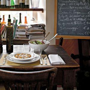 PlateBowlCup - kolekcja ceramicznej zastawy stołowej dla marki Alessi. 2008 rok. Fot. Santi Caleca