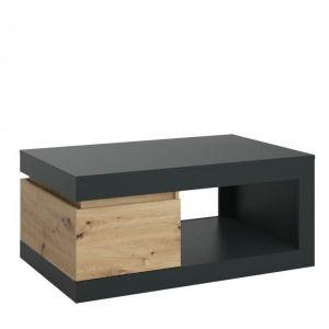 Stolik kawowy z praktyczną szufladą oraz przestrzenią otwartą. Cena: 549 zł. Fot. Meble Wójcik