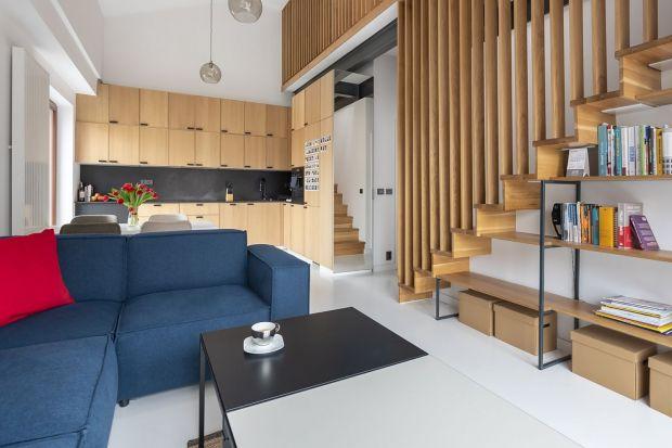 Jakie schody wybrać do otwartej części dziennej domu? Zobaczcie inspiracje z projektów wnętrz!