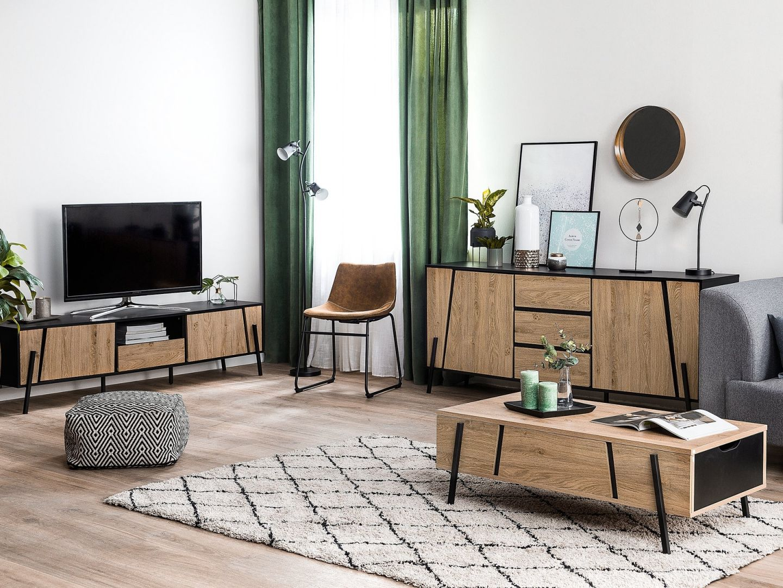Meble do salonu z kolekcji Blackpool to połączenie jasnego drewna z kolorem czarnym. Fot. Beliani