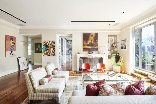 Nowojorski penthouse, w którym słynny członek Beatlesów mieszkał w 1974 i 1975 roku, nawet teraz wygląda naprawdę pięknie i stylowo. Można go też dzisiaj kupić za 5,5 miliona dolarów. Nawet jeśli nie jesteście akurat zainteresowanitą niew