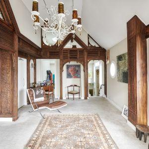 Mieszkanie, w którym przez 18 miesięcy mieszkał John Lennon. Zdjęcia: Brown Harris Stevens, www.bhsusa.com. Źródło: TopTenRealEstateDeals.com