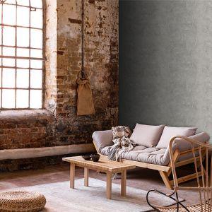 Styl wabi-sabi to łączenie starego z nowym, inspiracja postindustrialnymi wnętrzami i naturalnymi materiałami. Ściany w takim stylu dopiero zaczynają byc w Polsce modne, ale trend jest obiecujący. Na zdjęciu aranżacja w stylu wabi-sabi przygotowana przez markę Magnat. Fot. Magnat