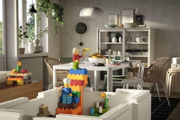 Ikea oraz Grupa Lego połączyły siły i stworzyły kolekcję ciekawych rozwiązań do budowania i jednocześnie przechowywania, by zapewnić więcej miejsca na codzienną zabawę.