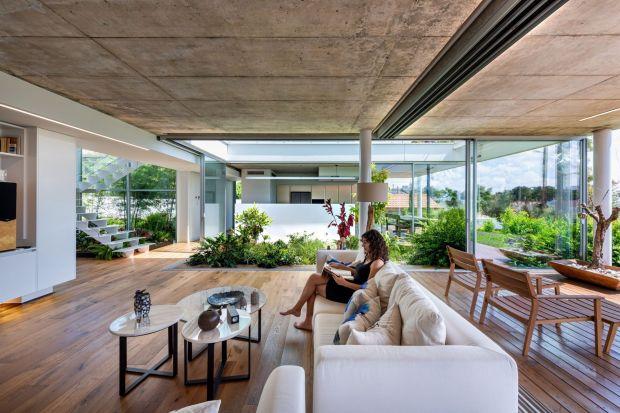 Miejski dom z ogrodem: ten projekt robi wrażenie!