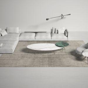 Wątek, składający się z pojedynczej długiej nici, przechodzi prostopadle do osnowy, aby utworzyć warkocz i runo, dzięki czemu tworząc polichromowany barwnik, możesz ożywić czarujące gry światła i cienia, za każdym razem wyjątkowe. Fot. Carpet Edition Bamboo Shaded BS01