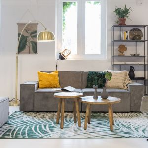 Dywan Pam marki Zuiver w modne botaniczne wzory. Fot. Zuiver/9design.pl