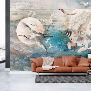 Tapeta do salonu z kolekcji Dance of Cranes dostępna w ofercie firmy Walltime. Cena: 160 zł/m2. Fot. Walltime