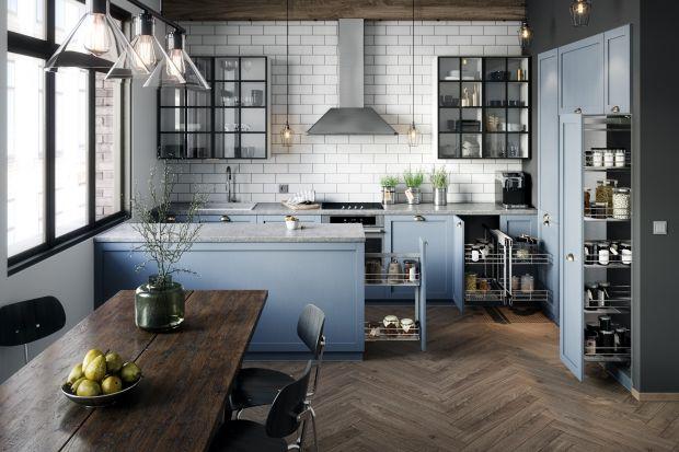 Jak zaplanować wygodną spiżarnię w niedużej kuchni?Oto trzy sprawdzone propozycje.