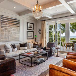 """Luksusowa rezydencja mieści się w """"wysadzanym gwiazdami"""" Montecito. Montecito to bowiem ulubione miejsce wypoczynku hollywodzkich gwiazd."""
