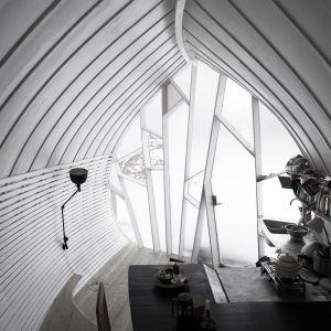 25-metrowy domek dla dwóch osób. Projekt: Torsten Ottesjö. Zdjęcia: David Jackson Relan
