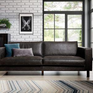 Sofa do salonu z kolekcji Amsterdam dostępna w ofercie firmy Stagra. Cena: ok. 2.250 zł. Fot. Stagra