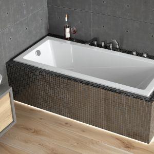 Wanna prostokątna Modern Slim doskonale sprawdzi się w małej łazience. Fot. Besco