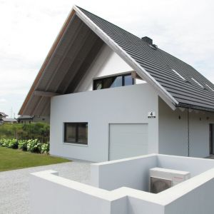 Miejscem, w którym projekt Koniecznego został zrealizowany są Radostowice koło Pszczyny w województwie śląskim. Obecnie na finiszu jest budowa drugiego z sześciu planowanych domów.  Fot. KWK Promes