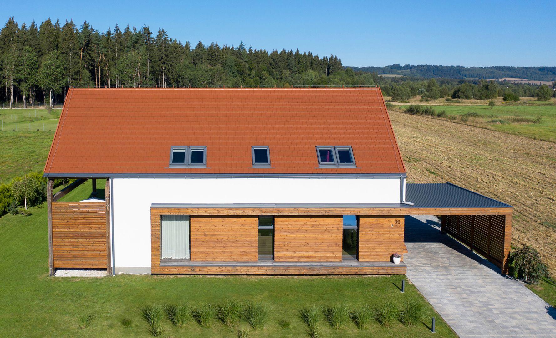 Wybór kolorystyki dachu nie jest sprawą prostą a mnogość dostępnych dachówek w różnorakich barwach jeszcze bardziej ją komplikuje. Fot. Creaton Polska
