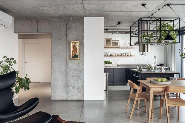 Wnętrza w klimacie loftowym czy industrialnym to jeden z najmocniejszych obecnie trendów we wnętrzach. Jak urządzić taką kuchnię? Zobaczcie najciekawsze wnętrza i przeczytajcie porady eksperta.