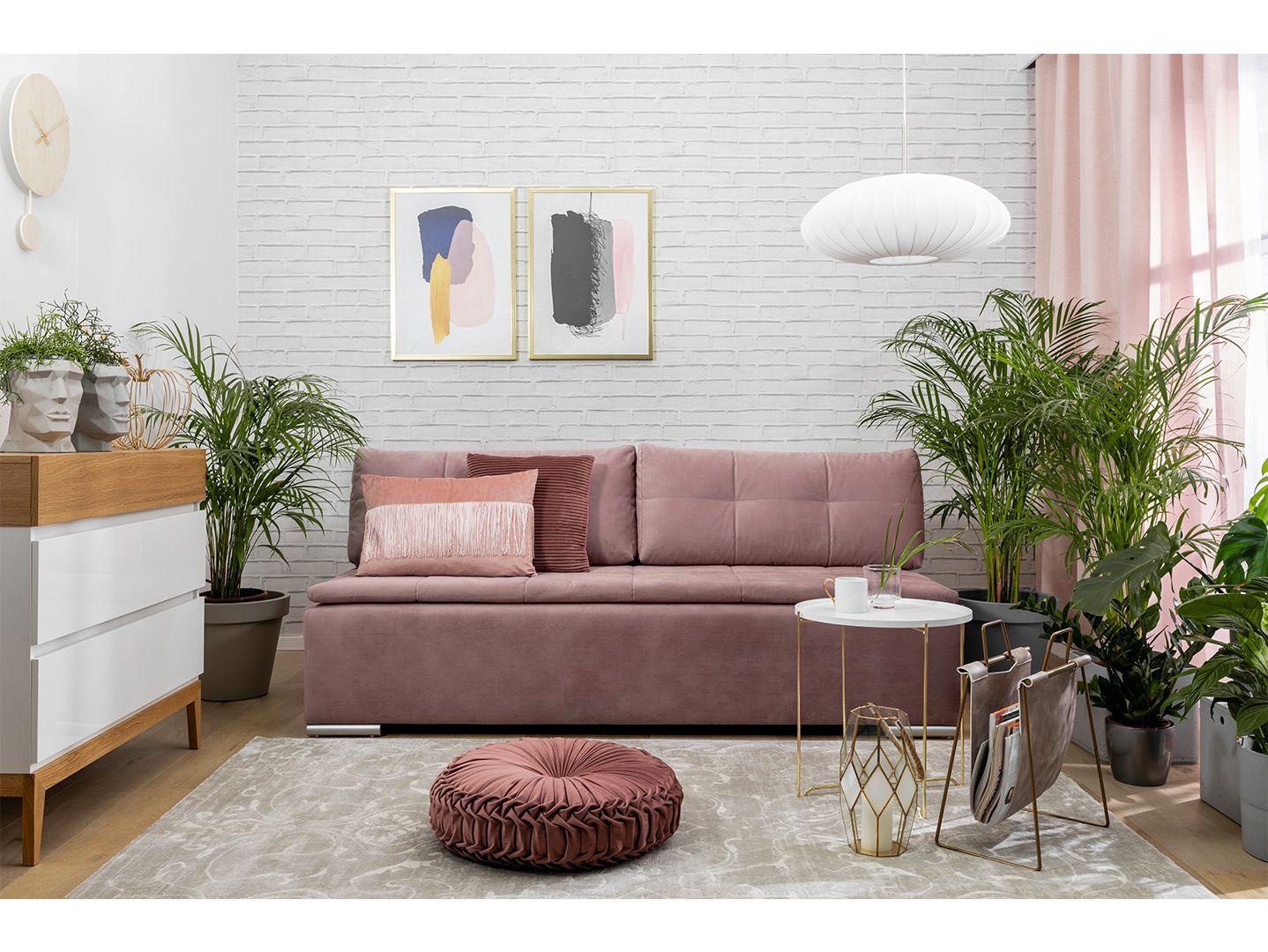Sofa Lango z funkcją spania i pojemnikiem na pościel doskonale sprawdzi się w niedużym salonie, w którym liczy się każdy metr powierzchni. Fot. Black Red White